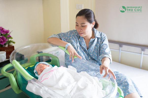 Trẻ sơ sinh thường giật mình vì những lý do rất đơn giản