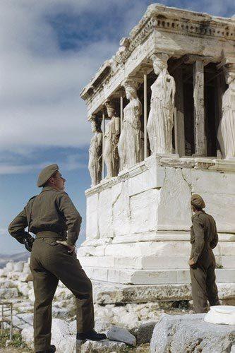Bộ ảnh màu hiếm thấy về Thế chiến thứ II