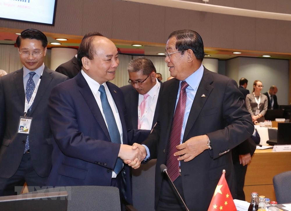 Hình ảnh Thủ tướng Nguyễn Xuân Phúc cùng lãnh đạo Á - Âu tại ASEM 12