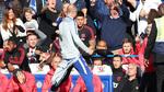 Mourinho nổi nóng vì hành vi khiêu khích của trợ lý HLV Chelsea