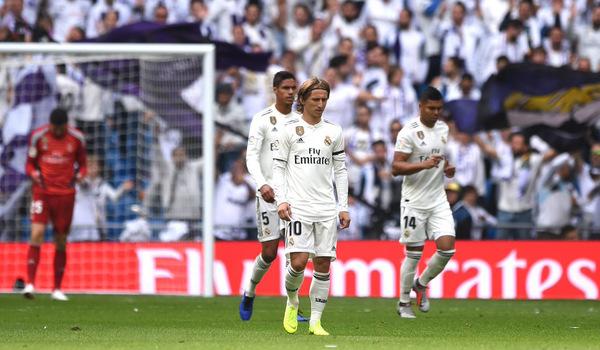 Thua sân nhà, Real Madrid chìm trong khủng hoảng