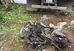 Xe tải đâm nát xe máy, 2 vợ chồng tử vong