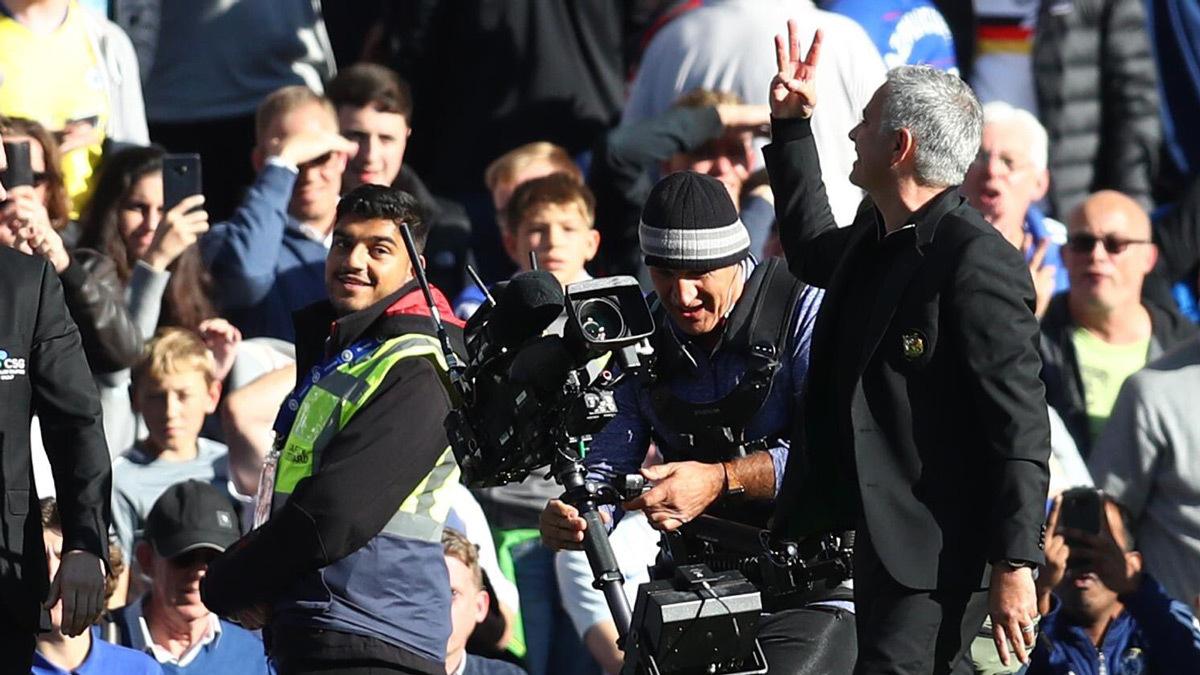 MU khởi sắc: Chớ vội mừng sớm, Mourinho!