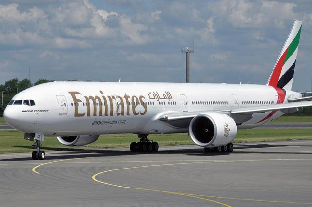 Máy bay của Emirates