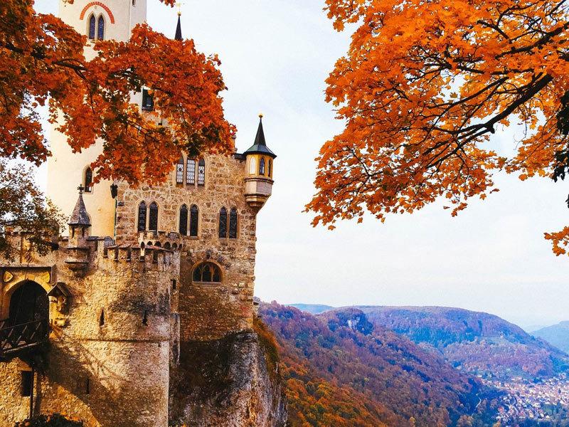 Châu Âu hóa miền cổ tích khi thu về