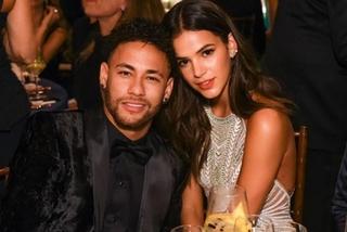 Ngôi sao bóng đá Neymar lại chia tay bạn gái minh tinh