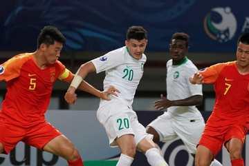"""Thủ môn U19 Trung Quốc """"dâng"""" chiến thắng cho U19 Saudi Arabia"""