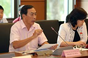'Bộ trưởng trong sạch và trách nhiệm, tôi chấm tín nhiệm cao'