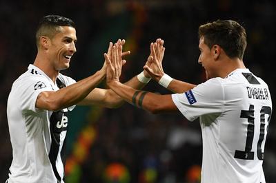 Ronaldo và Dybala tỏa sáng, Juventus đánh gục MU