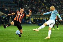 Vùi dập Shakhtar, Man City chiếm ngôi đầu bảng