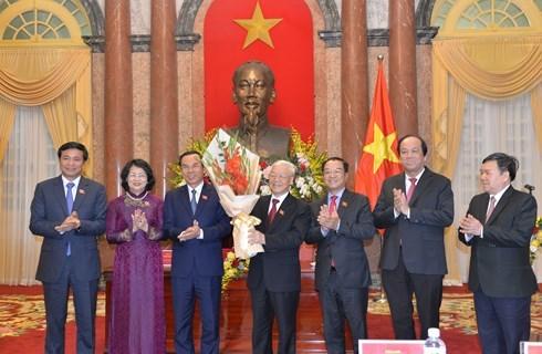 Tổng bí thư, Chủ tịch nước gặp mặt cán bộ VP Chủ tịch nước