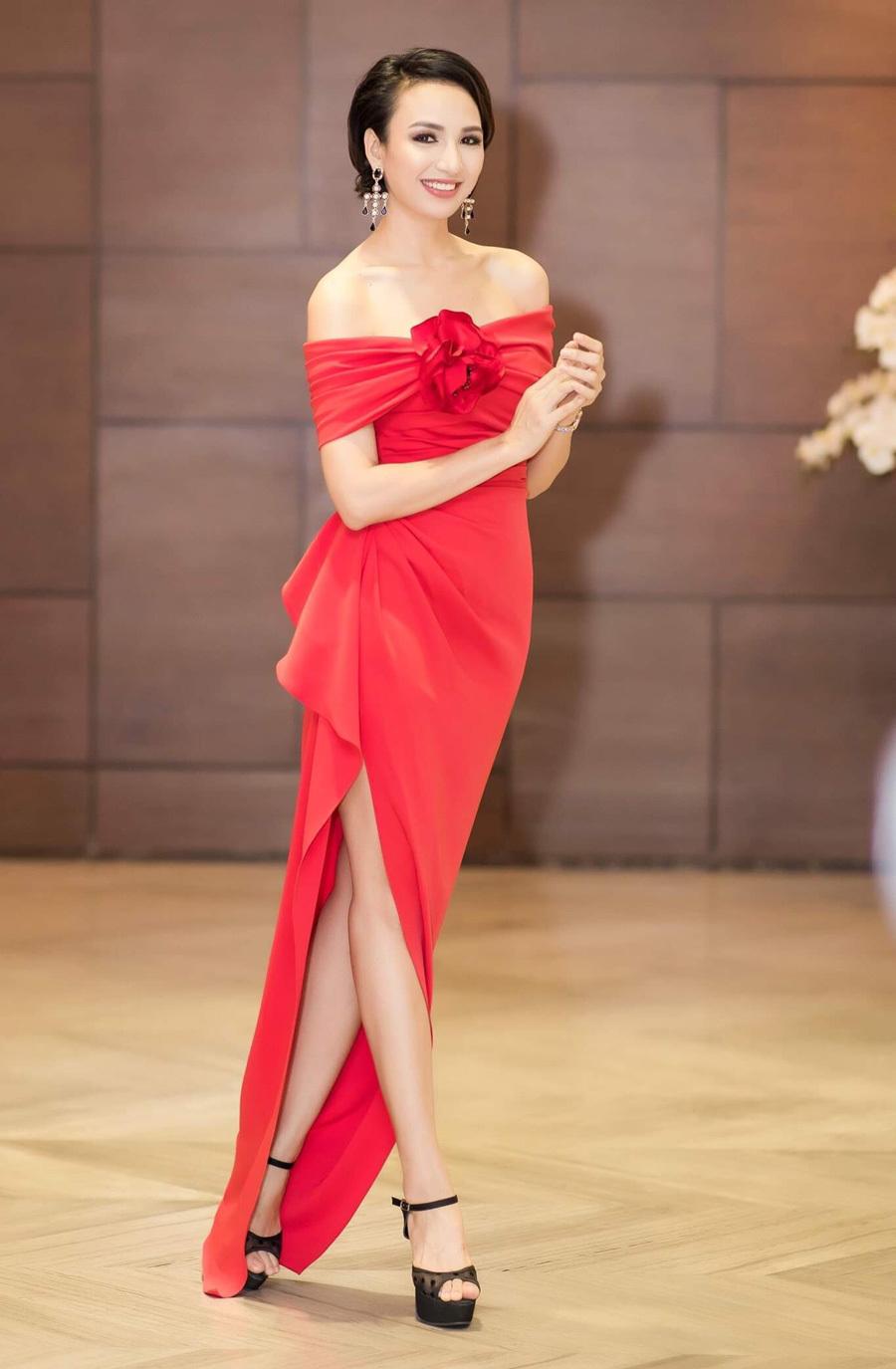 Hoa hậu Ngọc Diễm lăng xê mốt tóc ngắn