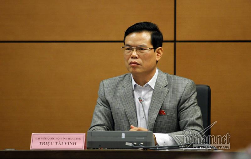 'Kiểm soát quyền lực như hiện nay vất vả cho bộ trưởng, địa phương'