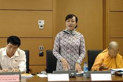 Bà Nguyễn Thị Quyết Tâm nói về lý do nữ cử tri ném giày