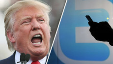 Ông Trump bị 'bắt quả tang' tiền hậu bất nhất