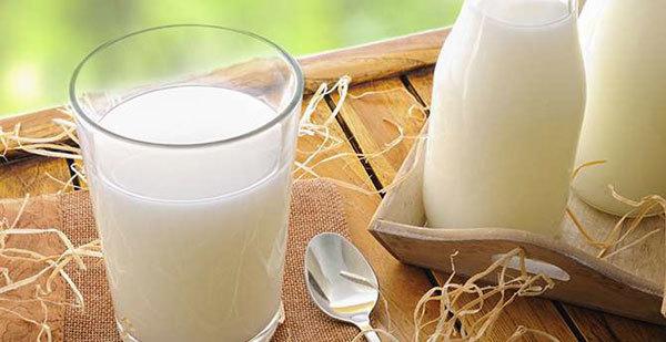 Sữa ngoại và sữa nội - mẹ Việt lựa chọn gì?