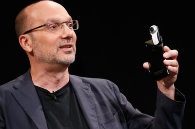 Scandal quấy rối tình dục gây sốc của cha đẻ Android