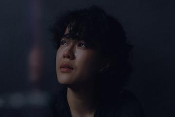 Touliver biến đổi Tiên Tiên trong MV kinh dị dịp Halloween