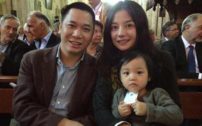 Ông xã tỷ phú của Triệu Vy bị kiện ra toà