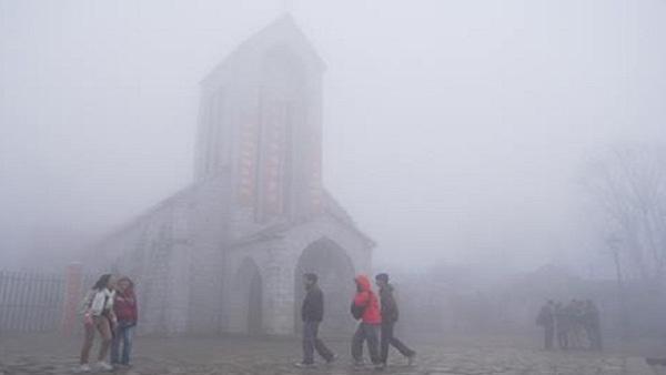 Dự báo thời tiết 28/10: Hà Nội hửng nắng, Sa Pa rét buốt