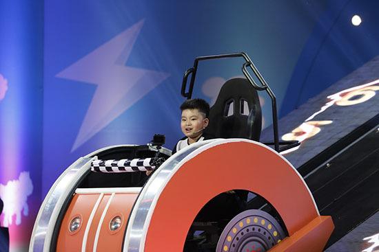 Nhanh như chớp nhí tập 12: Trấn Thành ấn tượng với thí sinh nhí 5 tuổi