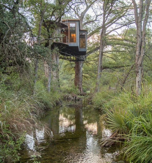 """Khám phá căn nhà bí mật của """"người rừng"""" ở Mỹ"""