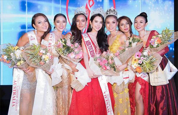 Huỳnh Vy đăng quang Hoa hậu Du lịch Thế giới 2018