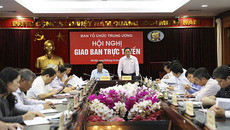 Khẩn trương xây dựng quy định của Bộ Chính trị về kiểm soát quyền lực