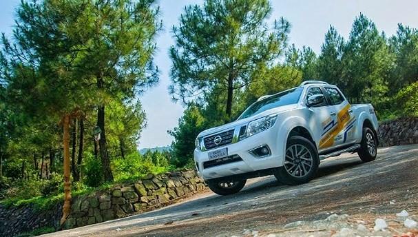 Làm thế nào để đỗ xe ô tô an toàn trên dốc?