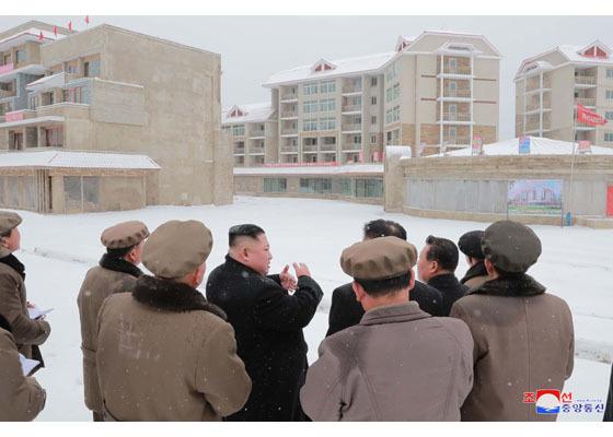Kim Jong Un,Triều Tiên,thị sát,công trình xây dựng