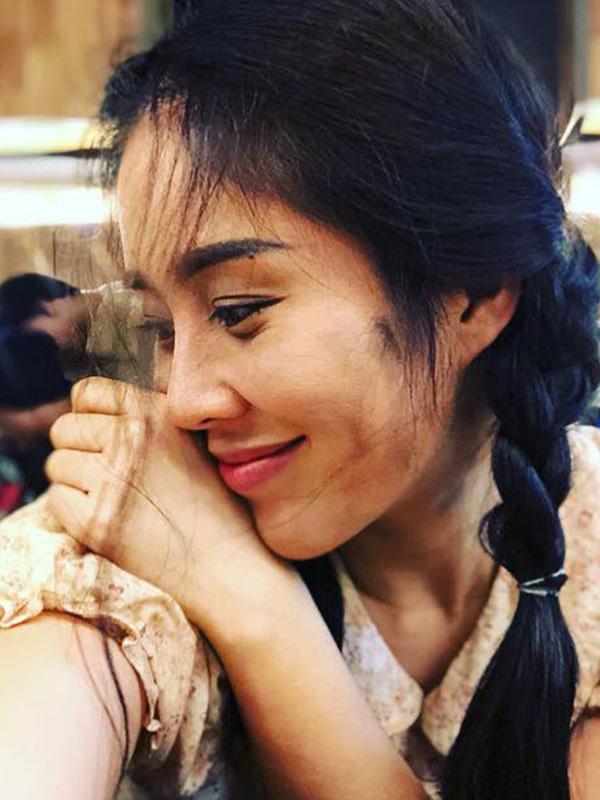 Sao Việt ngày 31/10: Hương Giang đính chính tin đồn được cầu hôn