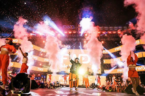 Sài Gòn đón 'siêu bão' FWD Music Fest cùng Sơn Tùng M-TP