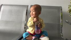Xin giữ lấy nụ cười thiên thần của bé gái mắc bệnh ung thư