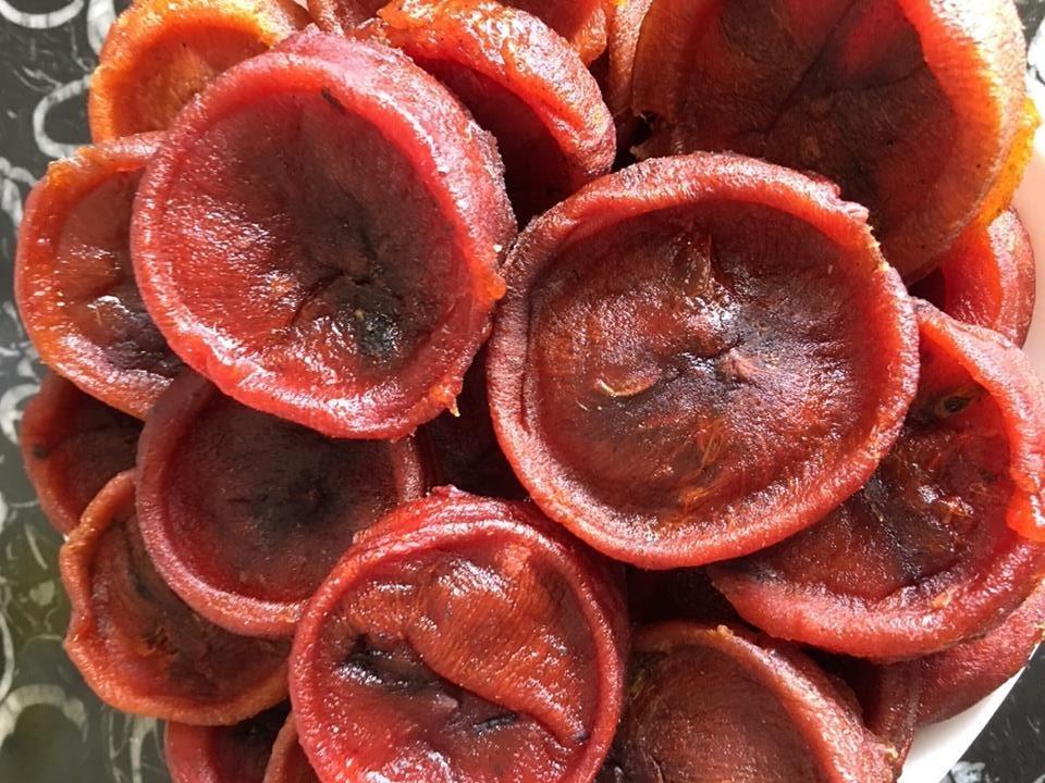 Dân Hà Nội sốt hồng sấy dẻo: Hàng Tàu tràn về, lại ăn thêm 1 cú lừa