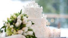 Hành động trong đám cưới của nhà trai khiến họ hàng cô dâu xôn xao