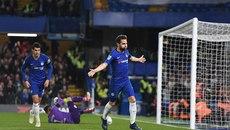 """Chelsea được đối thủ """"tặng"""" vé, Arsenal nhọc nhằn vào tứ kết"""