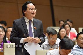 Bộ trưởng Phùng Xuân Nhạ nhận trách nhiệm về sử dụng SGK lãng phí