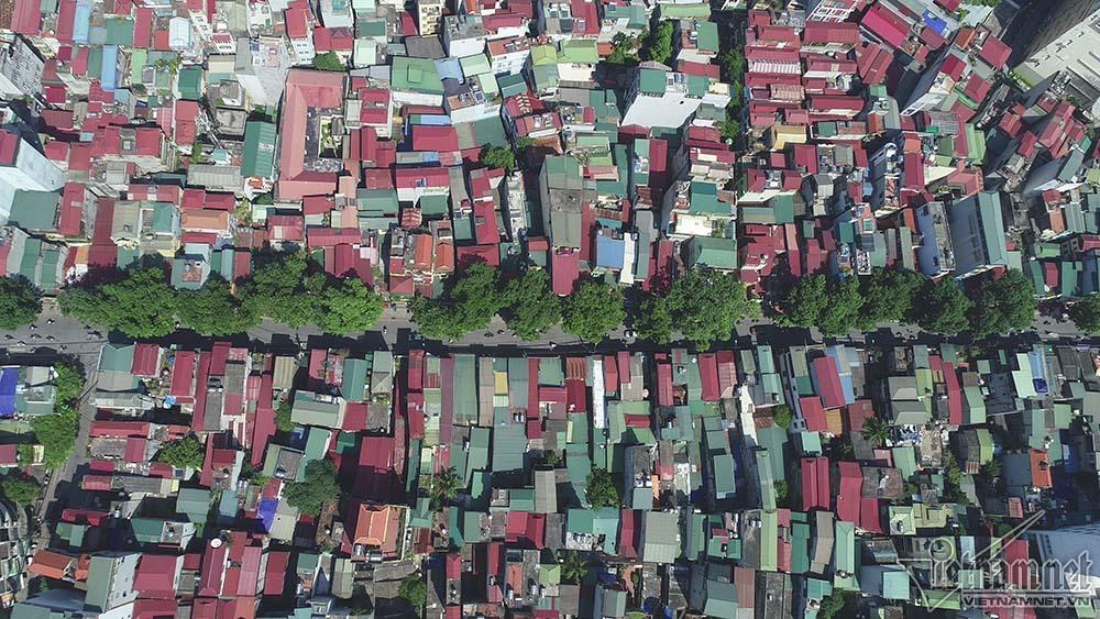 Tuyến đường 'đắt nhất hành tinh', hàng nghìn người rục rịch chuyển nhà