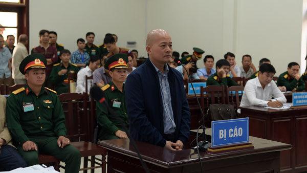 Y án Đinh Ngọc Hệ, đề nghị xử lý thêm người liên quan