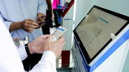 Người dân Tây Ninh có thể làm thủ tục hành chính qua smartphone