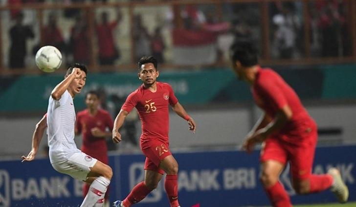 Indonesia gọi Andik Vermansyah thay sao trẻ đánh bạn gái cho AFF Cup 2018