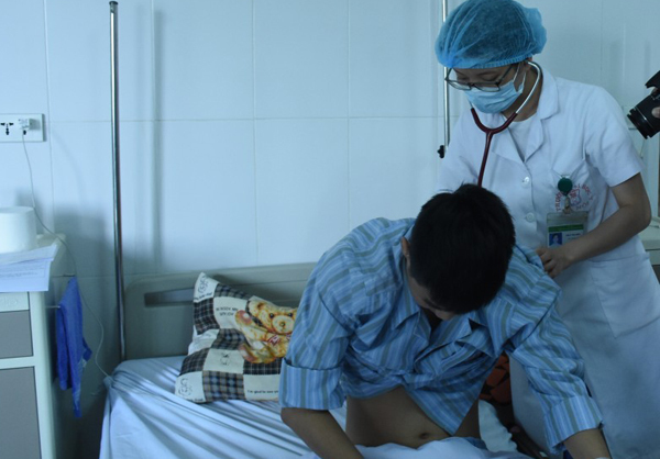 Sán lúc nhúc trong phổi thanh niên 19 tuổi vì món ăn nhiều người Việt thích