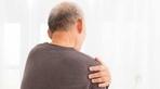 Người đàn ông bị nhức vai, đi khám sốc vì ung thư phổi giai đoạn cuối