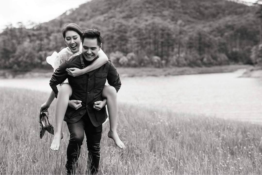 Lê Khánh hạnh phúc trong ngày đầy tháng con trai đầu lòng - ảnh 16