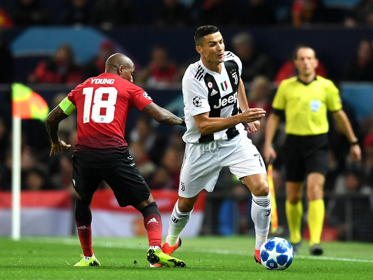 MU đấu Juventus, chiến Man City: Ai sẽ cứu Mourinho?
