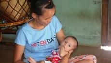 Bé Phan Thị Bảo Ngọc mổ tim thành công và nhận 15 triệu đồng