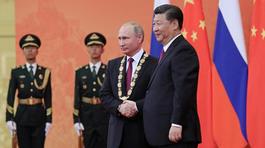 """Vì sao Nga """"xoay trục"""" sang châu Á?"""