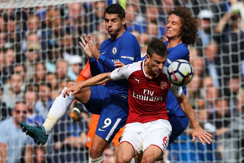 MU lấy 'hàng thải' Chelsea, Barca ráo riết săn trung vệ