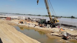 Doanh nghiệp chây ì tháo dỡ hàng nghìn m2 lấn chiếm sông Mã