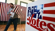 Tấn công mạng trước cuộc bầu cử giữa nhiệm kỳ ở Mỹ tăng đột biến